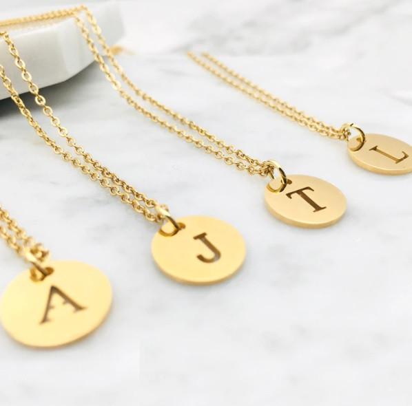 Dámsky pozlátený náhrdelník s písmenkom-249480-36