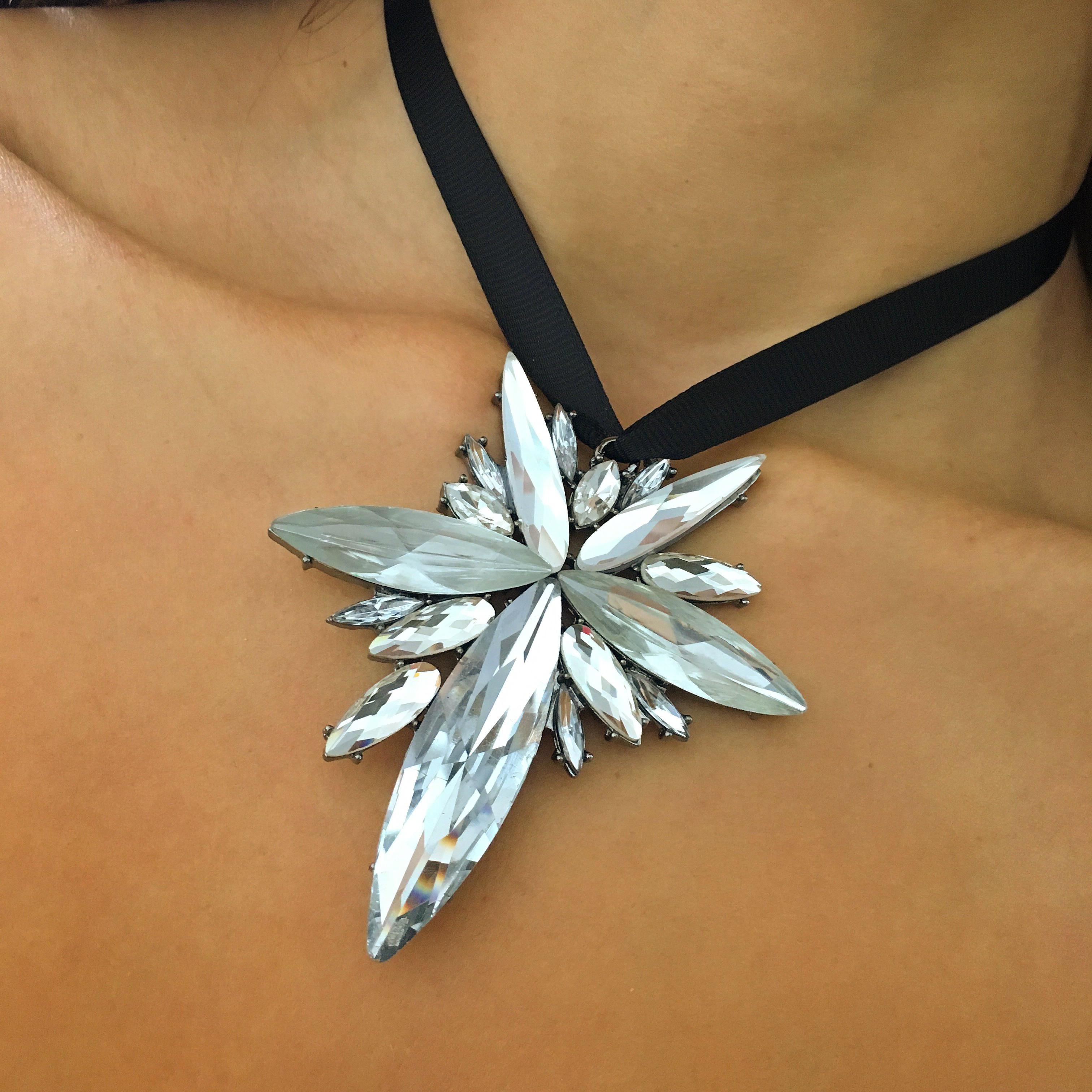 ... Dámsky náhrdelník ... d282a63b667