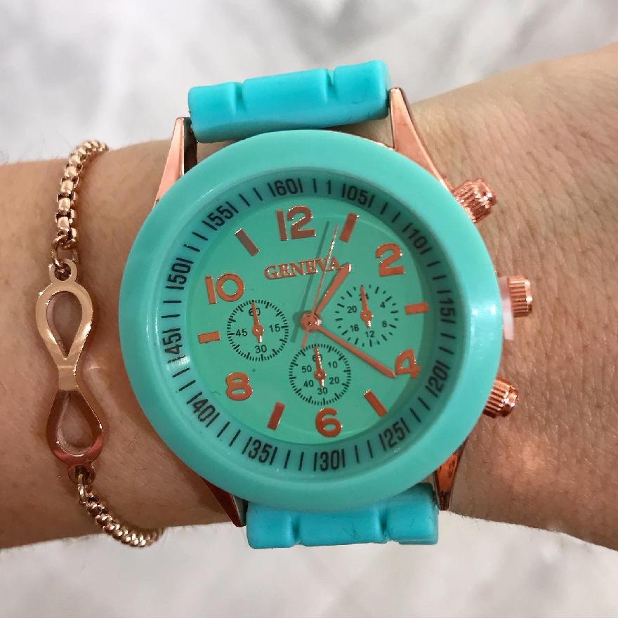 Farebné gumené hodinky-246029-37