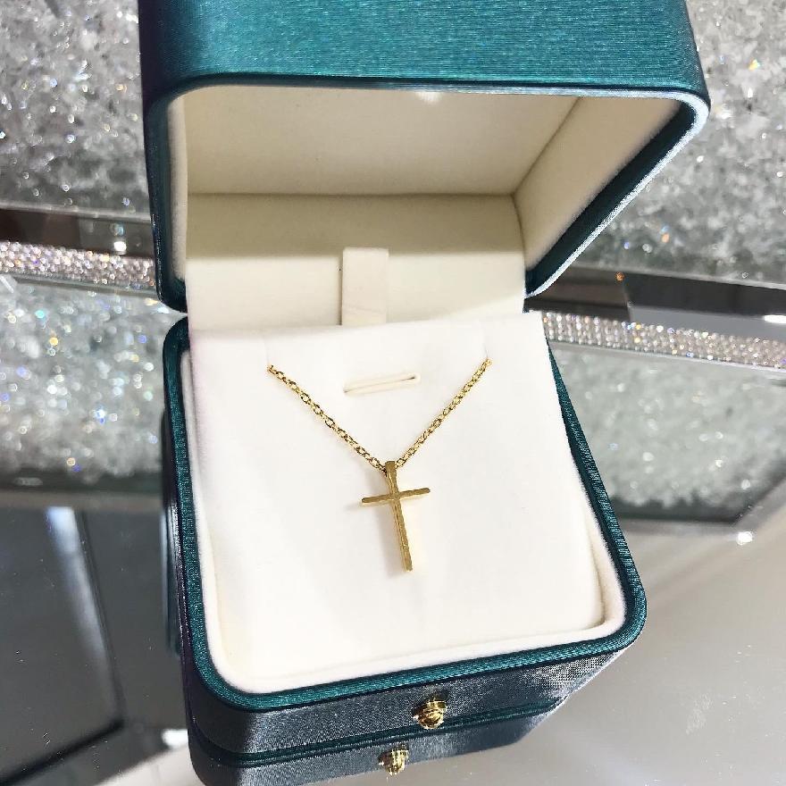 Oceľový náhrdelník pozlátený s krížikom-248340-34