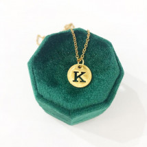 Dámsky pozlátený náhrdelník s písmenkom-249480-06